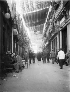 Entoldado Calle Sierpes, Sevilla. 1918